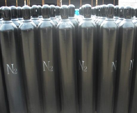 آمونیاک به صورت گاز و مایع است